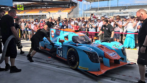 Gulf at Le Mans (2)