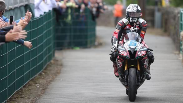 Dunlop's Supersport win helps him equal Mike Hailwood's total number of career TT wins at 14