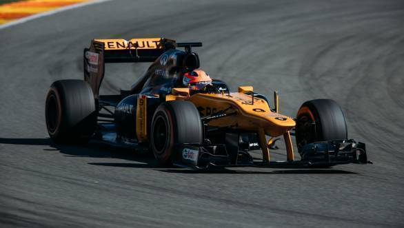 F1: Robert Kubica completes 115 laps in 2012 Renault-powered Lotus E20