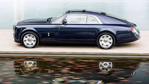 The Sweptail is poetry in motion