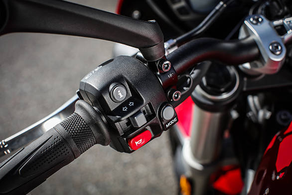 Electronics on the Street Triple include ABS, ride-by-wire, switchable traction control, Rain and Road modes