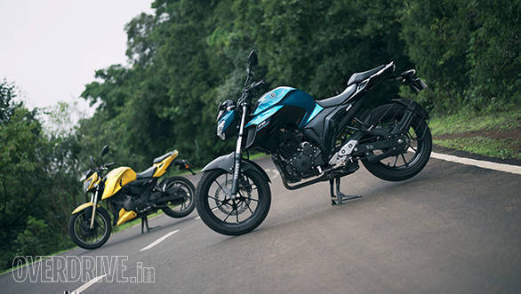 Comparison: Yamaha FZ25 vs TVS Apache RTR 200 4V