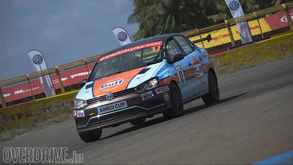 Volkswagen Ameo Cup racecar (17)