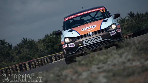 Volkswagen Ameo Cup racecar (18)