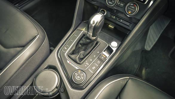 Volkswagen Tiguan details-18