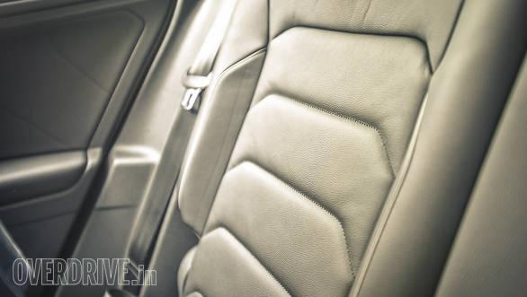 Volkswagen Tiguan details-38