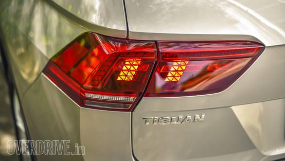 Volkswagen Tiguan details-55