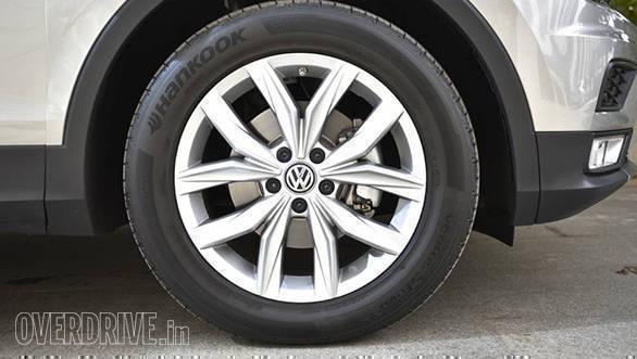 VolkswagenTiguan_013