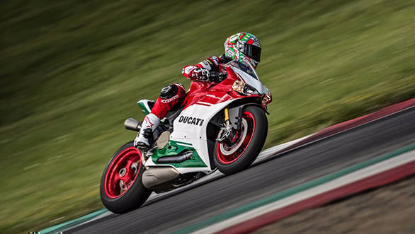 2017 Ducati 1299 Panigale R Final Edition comes with Inertial Measurement Unit (IMU) with cornering ABS