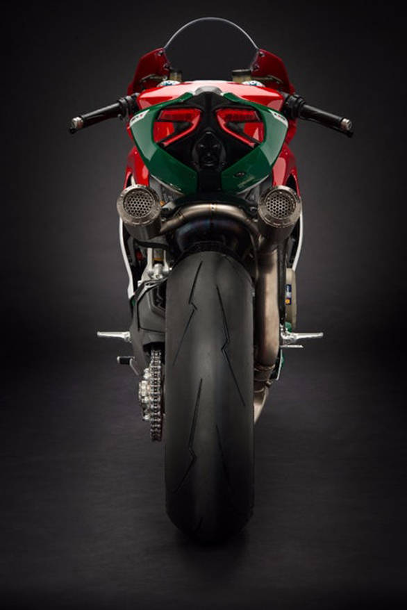 The green tail section of the 2017 Ducati 1299 Panigale R Final Edition looks distinct