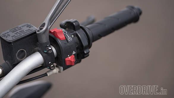 2017 Ducati Monster 797 Switchgear detail