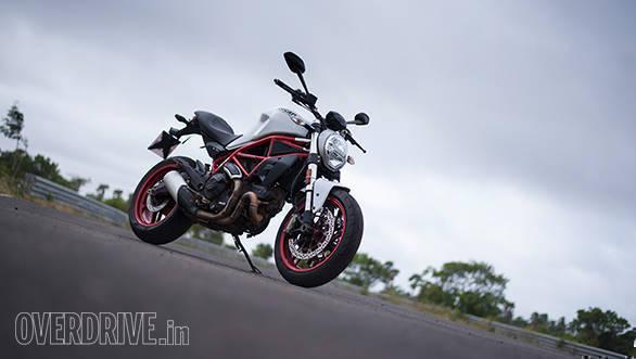 2017 Ducati Monster 797 Front 3/4 static