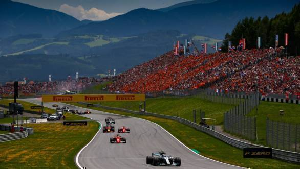 Bottas leading the pack at the 2017 Austrian GP