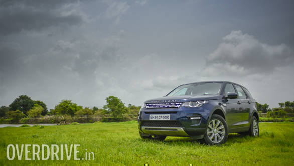 2017 Land Rover Discovery Sport HSE road test review