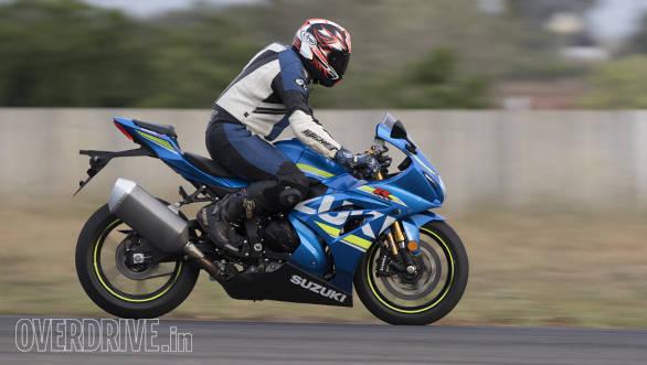 2017 Suzuki GSX-R1000R braking