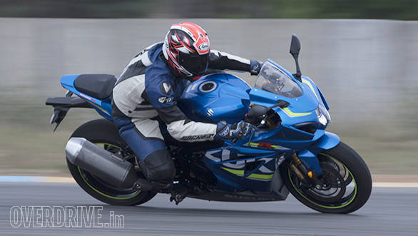 2017 Suzuki GSX-R1000R side action