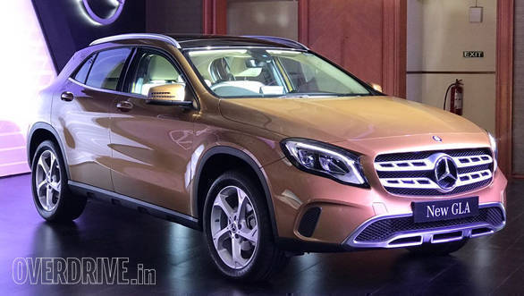 2017_Mercedes-Benz_GLA_India_1