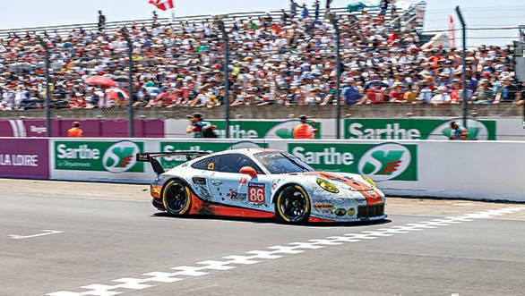 Porsche 911 RSR (86), Gulf Racing: Michael Wainwright, Nick Foster, Ben Barker