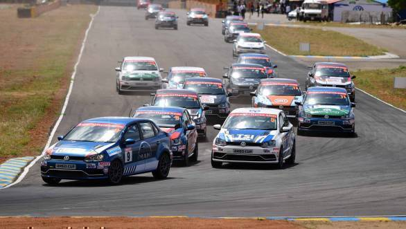 Karminder Singh in the lead  of Race 1 of the Ameo Cup at the Kari Motor Speedway