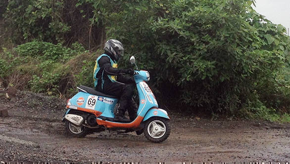 Venkatesh Shetty of Lorraine's Racing wins 2017 Gulf Monsoon Scooter Rally