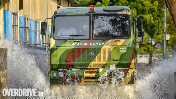 Ashok Leyland FAT 6x6 (1)