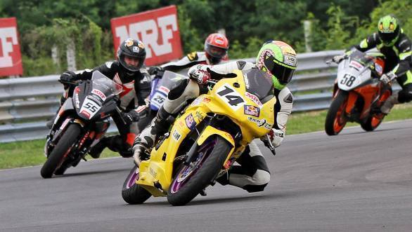 Dinesh Kumar (No.14) won the first Super Sport Indian (300-400cc) race