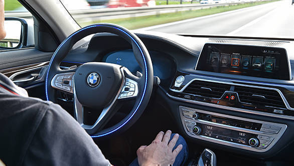 Fiat Chrysler to jointly develop autonomous driving platform with BMW, Intel and Mobileye