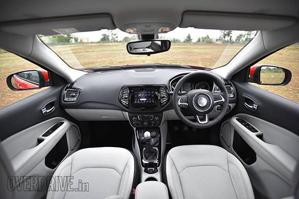 Jeep Compass Interior (2)