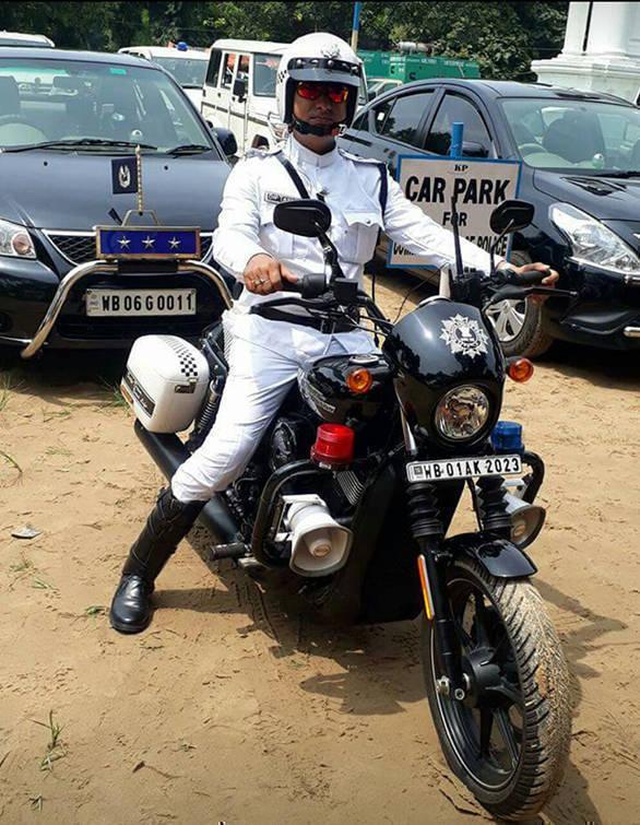 Kolkata police harley 1