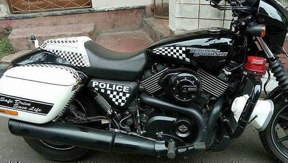 Kolkata police harley 2