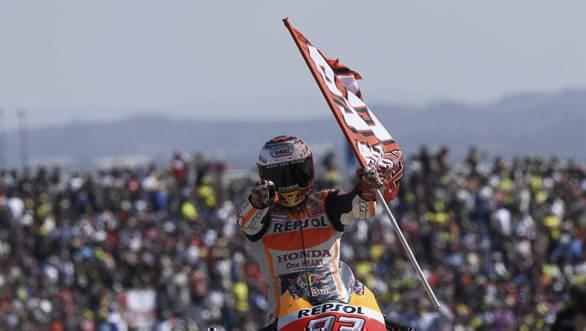 MotoGP 2017: Marc Marquez wins Aragon thriller