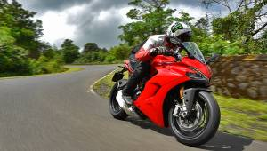 2017 Ducati SuperSport launched in India | Details and specifications