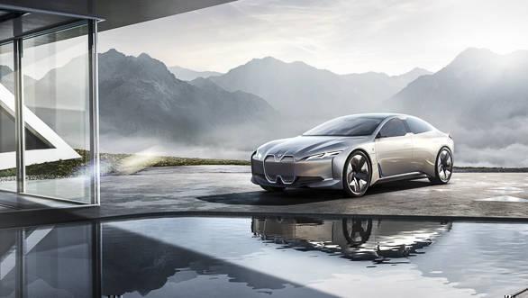 2017 Frankfurt Motor Show: BMW i Vision Dynamics concept unveiled