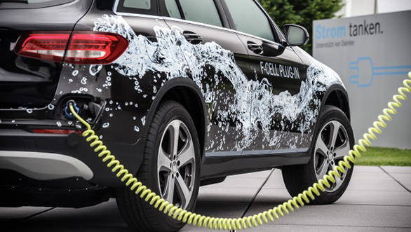 2017 Frankfurt Motor Show: Mercedes-Benz GLC F-Cell hydrogen car, S-class Coupe and Cabriolet coming