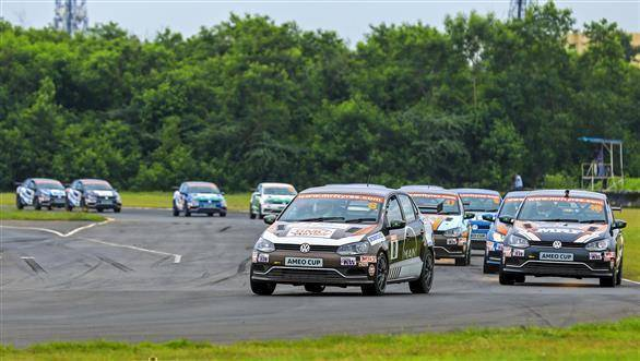 2017 VW Ameo Cup Rd 4: Saurav Bandyopadhyay wins first race of the weekend