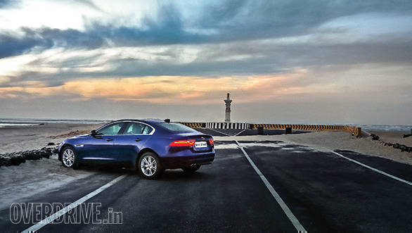 Jaguar_XE_20D_Travelogue