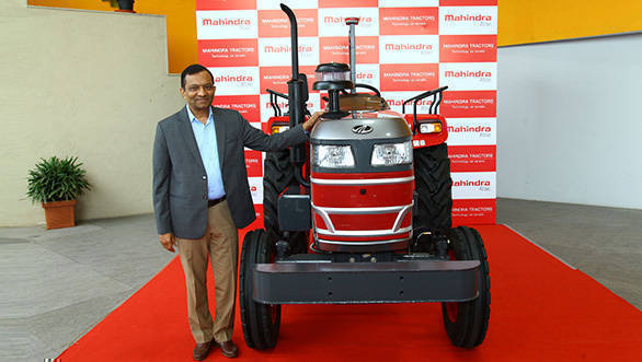 Mahindra driverless tractor showcased in India