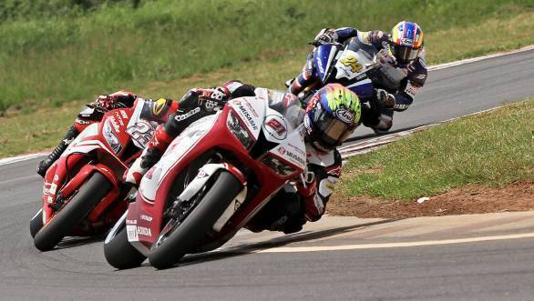 2017 ARRC Round 5: Md Zaqhwan Zaidi wins first SuperSport 600 race