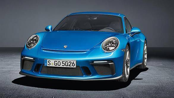 Purist-focused Porsche 911 GT3 Touring Pack images leak
