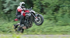 2017 MV Agusta Brutale 800 road test review