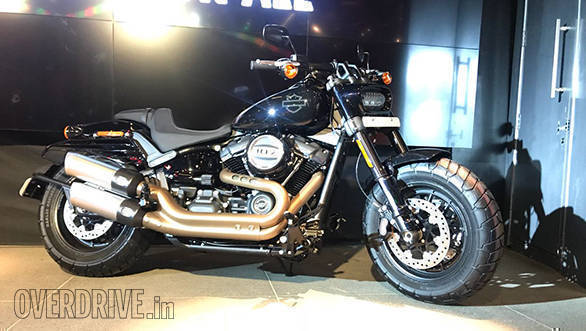 2018 harley davidson fat bob launched in india image. Black Bedroom Furniture Sets. Home Design Ideas