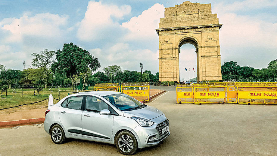 Hyundai Travelogue: Visiting India Gate and Delhi War Cemetery in the Hyundai Xcent