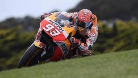 MotoGP 2017: Marquez edges closer to title after Phillip Island victory