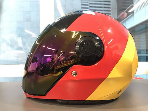 566030ac On test at OVERDRIVE: Steelbird Air SBA-2 Flag helmet - Overdrive