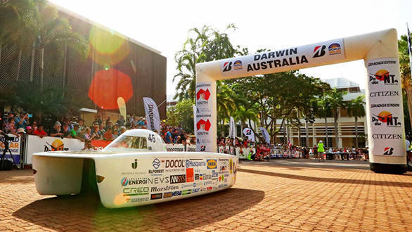 30th anniversary World Solar Challenge kicks off with 42 solar cars
