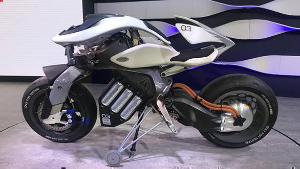Tokyo motor show 2017 the yamaha motoroid concept is ai on two tokyo motor show 2017 the yamaha motoroid concept is ai on two wheels reheart Choice Image