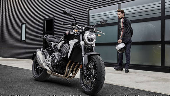 EICMA 2017: Honda CB1000R image gallery