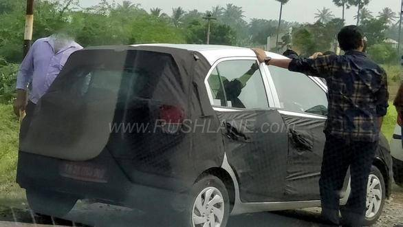 2018 Hyundai Santro spied ahead of Auto Expo reveal