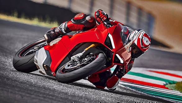 EICMA 2017: The all-new Ducati Panigale V4 is here!