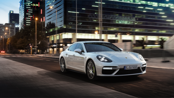 2018 Porsche Panamera Turbo S E-Hybrid Sport Turismo with 690PS unveiled